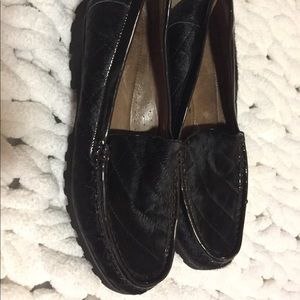 Donald Pliner quilted calf hair lug loafer